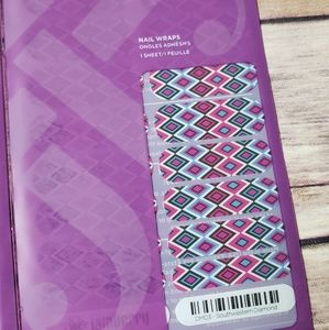 Jamberry Southwestern Diamond